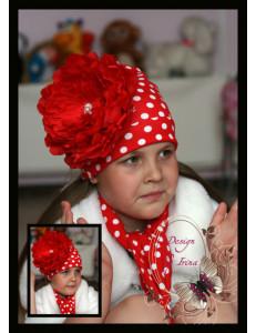 Комплект для девочек красный в горох с пионом (шапка и шарф)